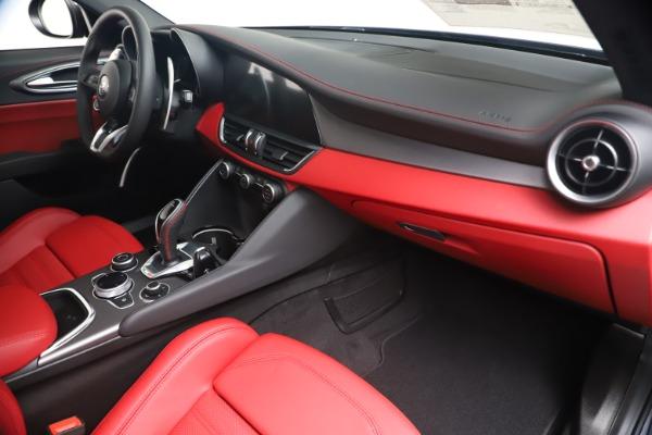 New 2020 Alfa Romeo Giulia Ti Sport Q4 for sale $53,790 at Maserati of Westport in Westport CT 06880 22