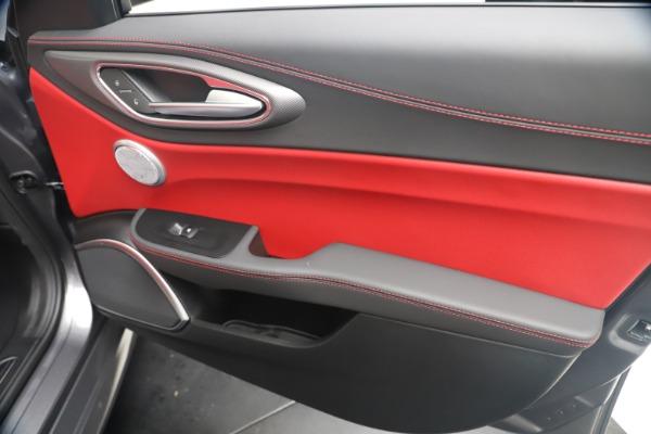 New 2020 Alfa Romeo Giulia Ti Sport Q4 for sale $53,790 at Maserati of Westport in Westport CT 06880 25