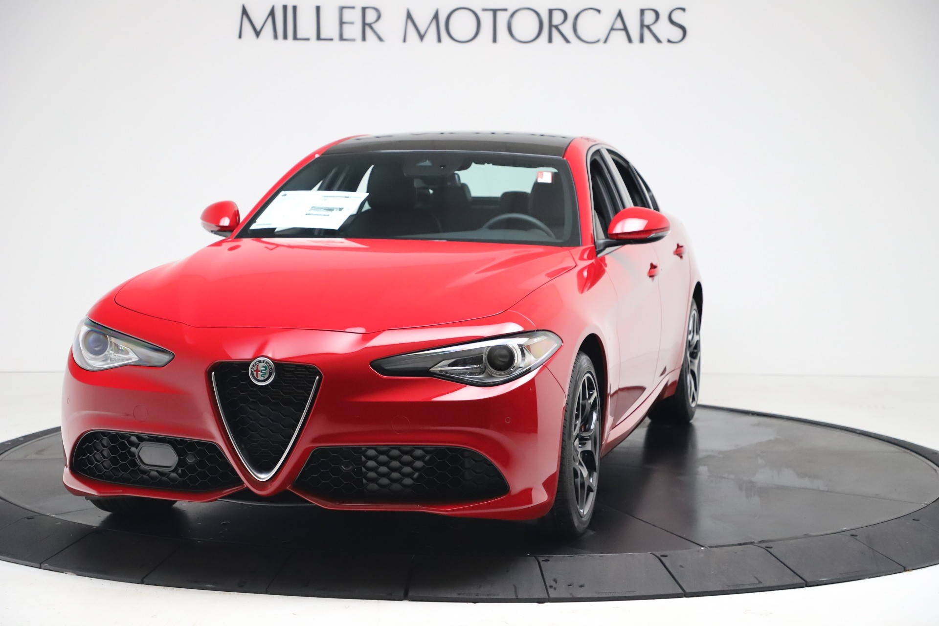 New 2020 Alfa Romeo Giulia Sport Q4 for sale $47,790 at Maserati of Westport in Westport CT 06880 1