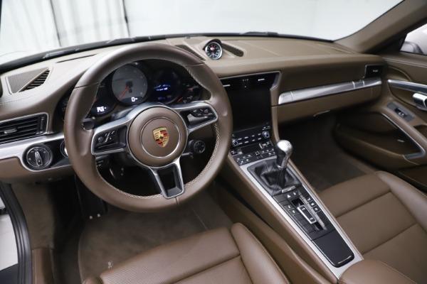 Used 2018 Porsche 911 Targa 4S for sale $134,900 at Maserati of Westport in Westport CT 06880 17