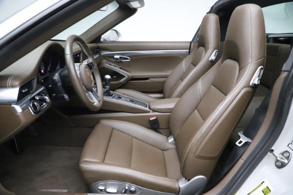 Used 2018 Porsche 911 Targa 4S for sale $134,900 at Maserati of Westport in Westport CT 06880 18