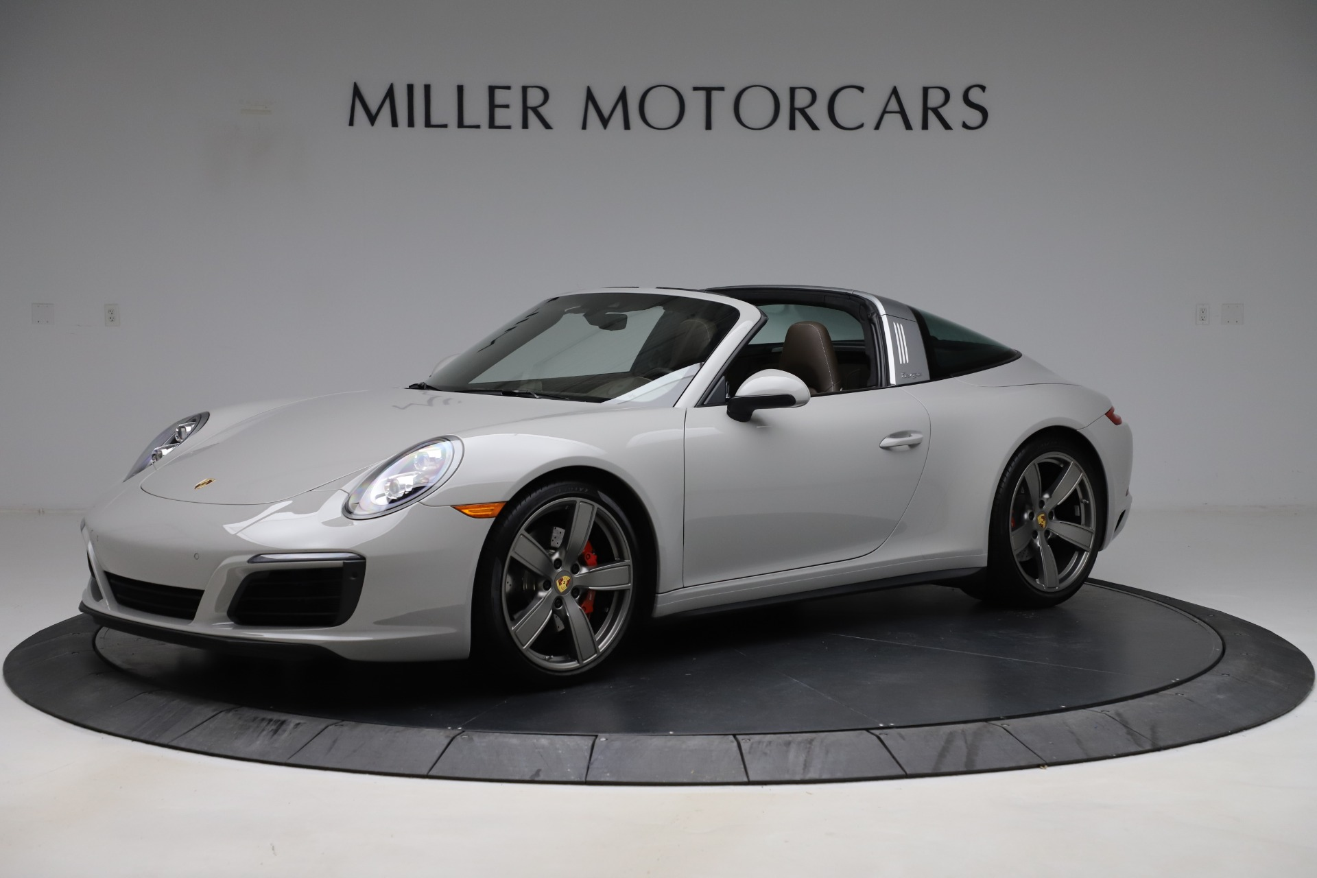 Used 2018 Porsche 911 Targa 4S for sale $134,900 at Maserati of Westport in Westport CT 06880 1