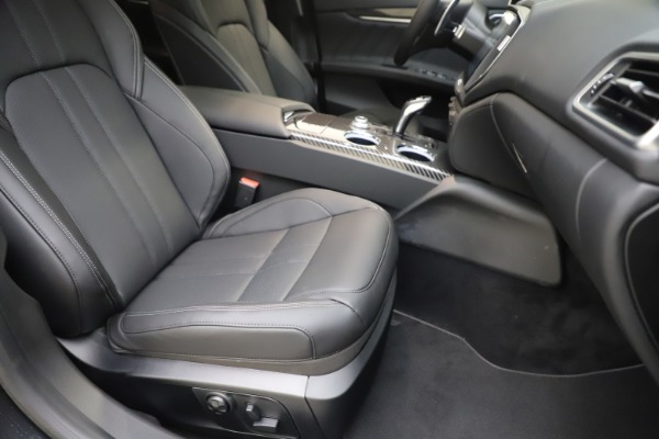 New 2020 Maserati Ghibli S Q4 GranSport for sale $90,285 at Maserati of Westport in Westport CT 06880 24