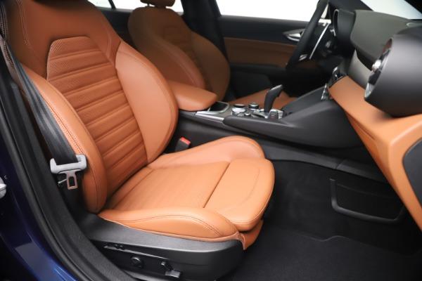 New 2020 Alfa Romeo Giulia Ti Sport Q4 for sale $52,840 at Maserati of Westport in Westport CT 06880 24