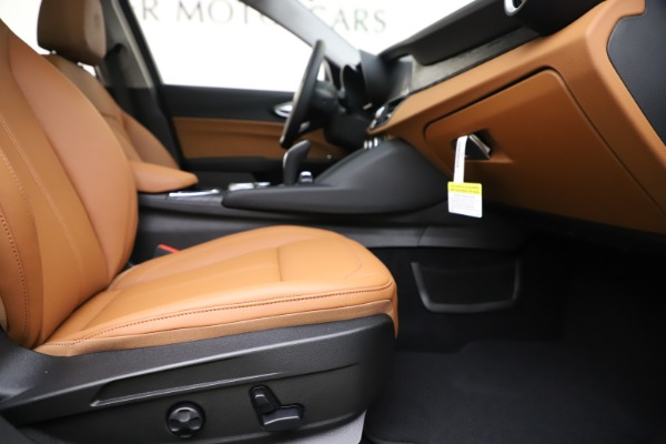 New 2020 Alfa Romeo Giulia Q4 for sale Sold at Maserati of Westport in Westport CT 06880 23