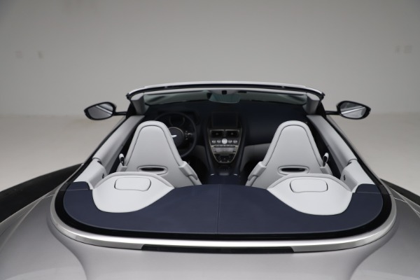 New 2020 Aston Martin DB11 Volante Convertible for sale $271,161 at Maserati of Westport in Westport CT 06880 21