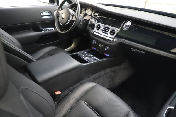 Used 2015 Rolls-Royce Wraith for sale $179,900 at Maserati of Westport in Westport CT 06880 19