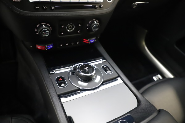 Used 2015 Rolls-Royce Wraith for sale $179,900 at Maserati of Westport in Westport CT 06880 21