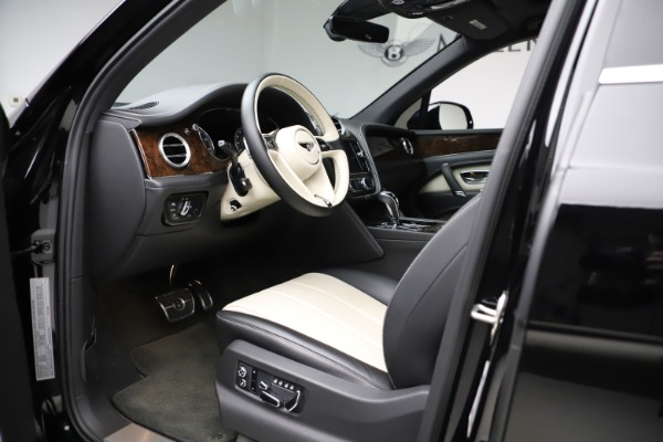Used 2018 Bentley Bentayga Activity Edition for sale Sold at Maserati of Westport in Westport CT 06880 17