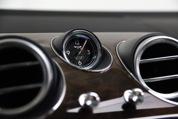 Used 2018 Bentley Bentayga Activity Edition for sale Sold at Maserati of Westport in Westport CT 06880 24
