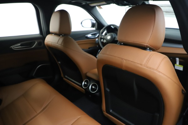 New 2020 Alfa Romeo Giulia Ti Sport Q4 for sale $53,190 at Maserati of Westport in Westport CT 06880 28