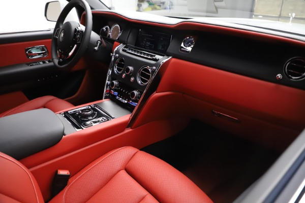 New 2020 Rolls-Royce Cullinan for sale Sold at Maserati of Westport in Westport CT 06880 14