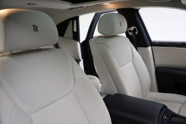 Used 2015 Rolls-Royce Ghost for sale $157,900 at Maserati of Westport in Westport CT 06880 16