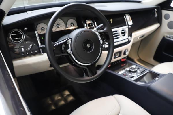 Used 2015 Rolls-Royce Ghost for sale $157,900 at Maserati of Westport in Westport CT 06880 19