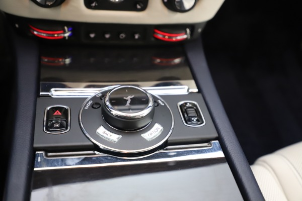 Used 2015 Rolls-Royce Ghost for sale $157,900 at Maserati of Westport in Westport CT 06880 21