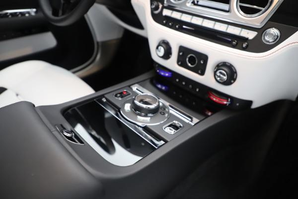 New 2020 Rolls-Royce Dawn for sale $386,250 at Maserati of Westport in Westport CT 06880 27