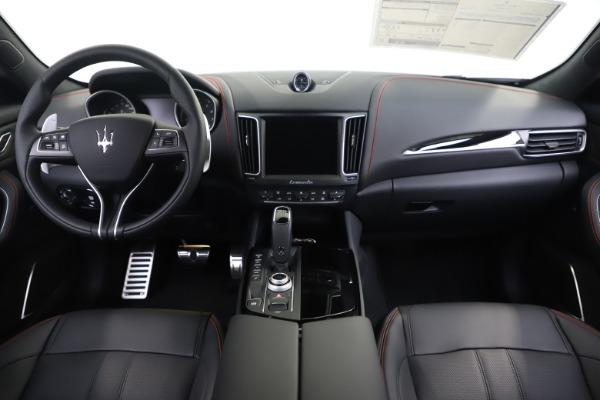 New 2020 Maserati Levante Q4 GranSport for sale $88,885 at Maserati of Westport in Westport CT 06880 16