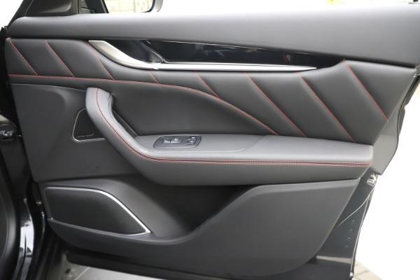 New 2020 Maserati Levante Q4 GranSport for sale $88,885 at Maserati of Westport in Westport CT 06880 25