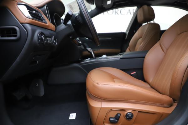 New 2019 Maserati Ghibli S Q4 GranLusso for sale $98,095 at Maserati of Westport in Westport CT 06880 14