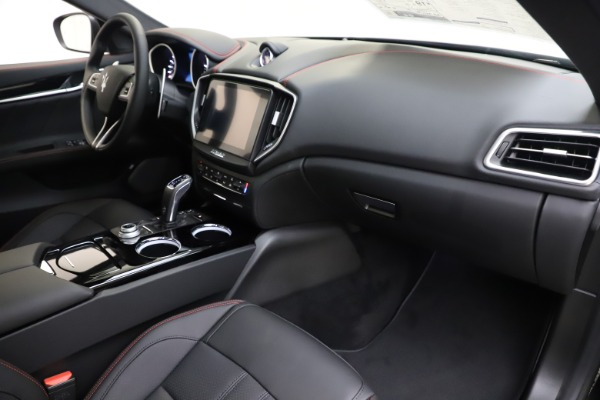New 2019 Maserati Ghibli S Q4 GranSport for sale Sold at Maserati of Westport in Westport CT 06880 22