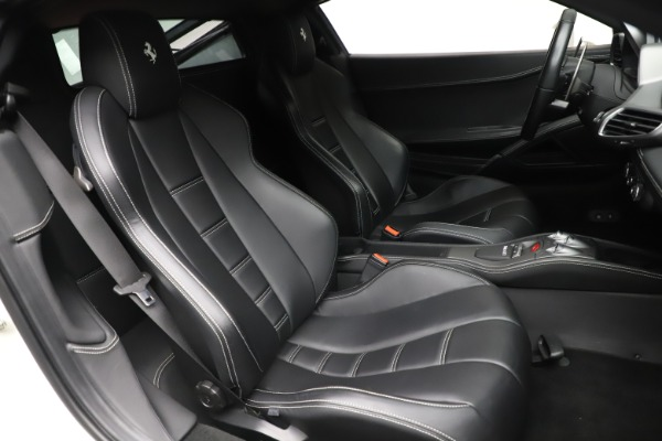 Used 2013 Ferrari 458 Italia for sale $186,900 at Maserati of Westport in Westport CT 06880 19