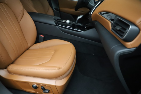 New 2020 Maserati Levante Q4 for sale $79,935 at Maserati of Westport in Westport CT 06880 24
