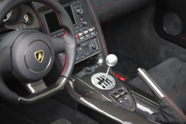 Used 2013 Lamborghini Gallardo LP 570-4 Spyder Performante for sale Call for price at Maserati of Westport in Westport CT 06880 20