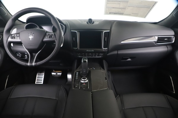 New 2020 Maserati Levante S Q4 GranSport for sale $102,285 at Maserati of Westport in Westport CT 06880 16