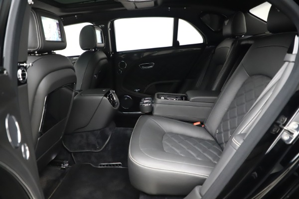Used 2016 Bentley Mulsanne Speed for sale $157,900 at Maserati of Westport in Westport CT 06880 21