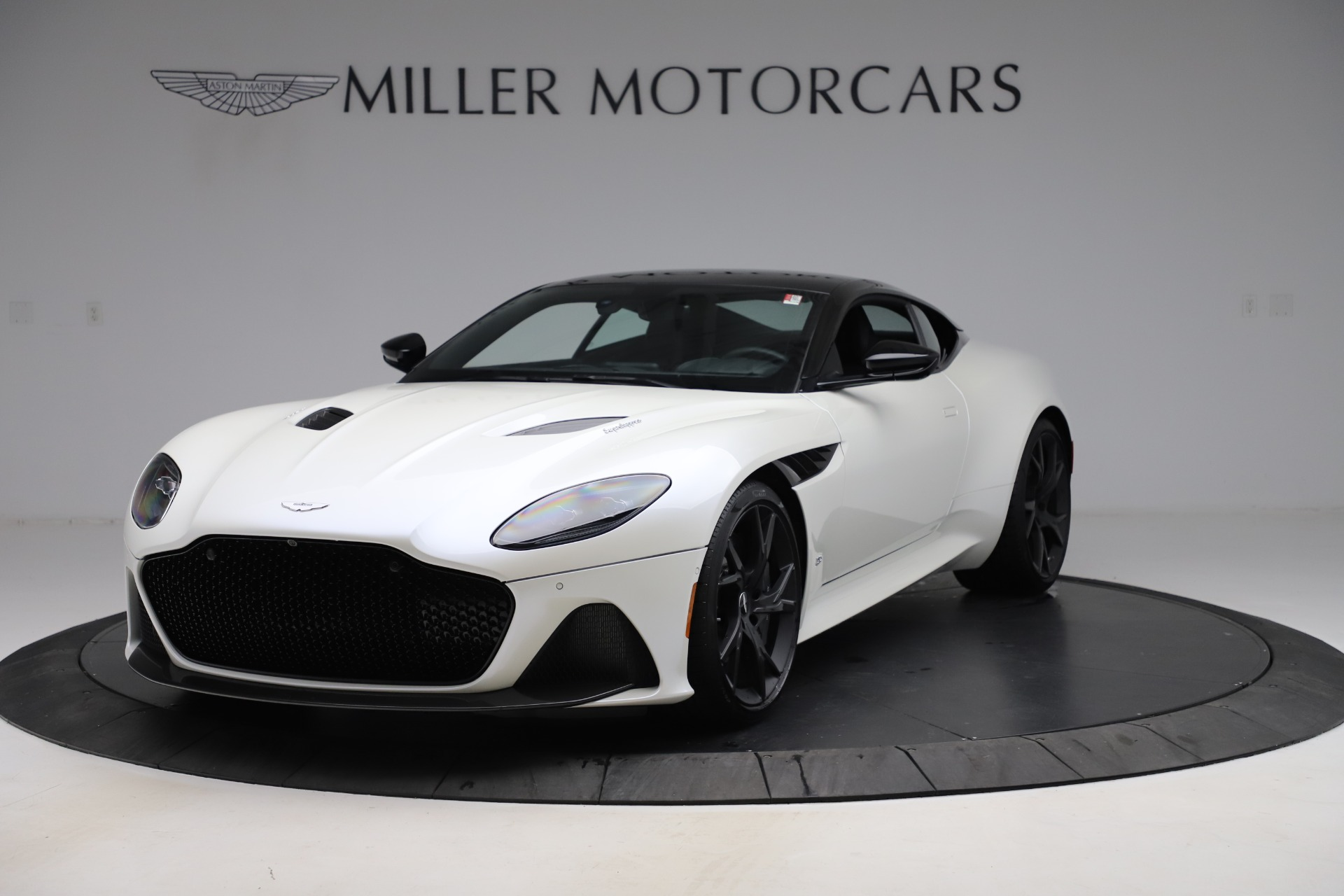 New 2019 Aston Martin DBS Superleggera for sale $345,631 at Maserati of Westport in Westport CT 06880 1