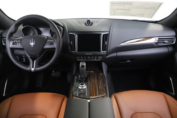 New 2020 Maserati Levante Q4 GranLusso for sale Sold at Maserati of Westport in Westport CT 06880 16