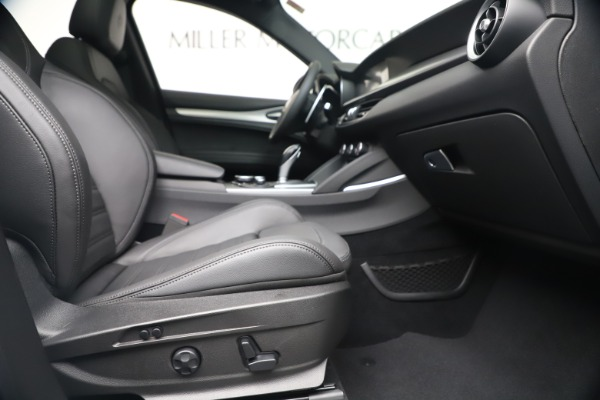 New 2019 Alfa Romeo Stelvio Ti Sport Q4 for sale Sold at Maserati of Westport in Westport CT 06880 23