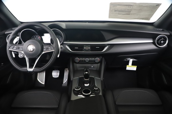 New 2019 Alfa Romeo Stelvio Ti Sport Q4 for sale $53,990 at Maserati of Westport in Westport CT 06880 16