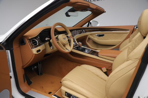 New 2020 Bentley Continental GTC V8 for sale $279,560 at Maserati of Westport in Westport CT 06880 27