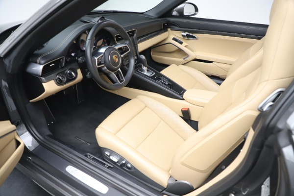 Used 2017 Porsche 911 Targa 4S for sale $119,900 at Maserati of Westport in Westport CT 06880 23