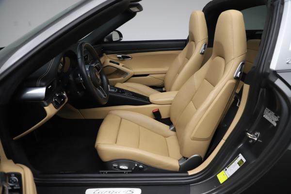 Used 2017 Porsche 911 Targa 4S for sale $119,900 at Maserati of Westport in Westport CT 06880 24