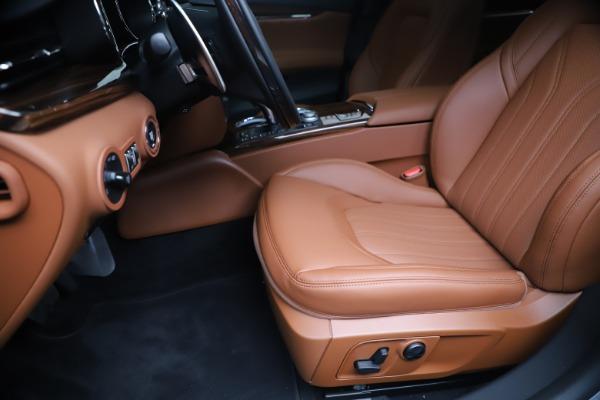 New 2020 Maserati Quattroporte S Q4 GranLusso for sale $117,935 at Maserati of Westport in Westport CT 06880 15