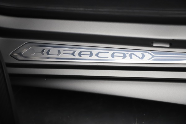Used 2017 Lamborghini Huracan LP 580-2 for sale Sold at Maserati of Westport in Westport CT 06880 21