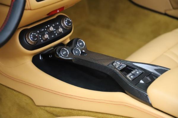 Used 2014 Ferrari California 30 for sale $127,900 at Maserati of Westport in Westport CT 06880 26