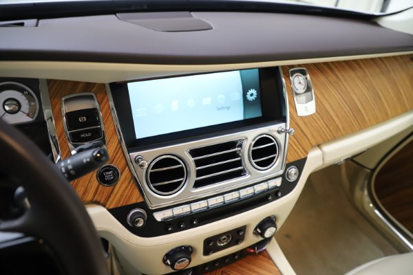 Used 2015 Rolls-Royce Wraith for sale $169,900 at Maserati of Westport in Westport CT 06880 19