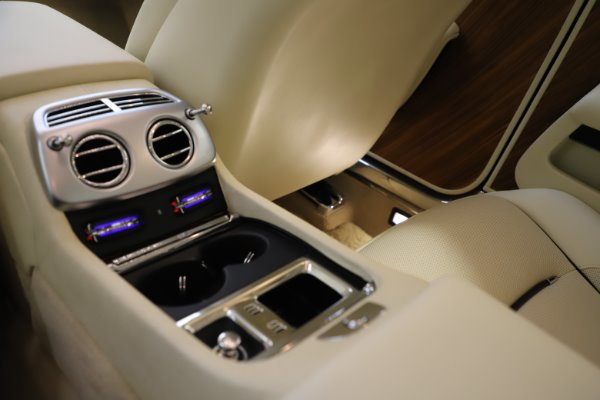 Used 2015 Rolls-Royce Wraith for sale $169,900 at Maserati of Westport in Westport CT 06880 22