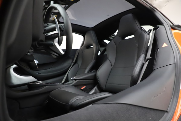 New 2020 McLaren GT Coupe for sale $246,975 at Maserati of Westport in Westport CT 06880 21