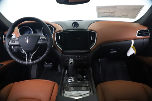 New 2020 Maserati Ghibli S Q4 for sale $85,535 at Maserati of Westport in Westport CT 06880 16
