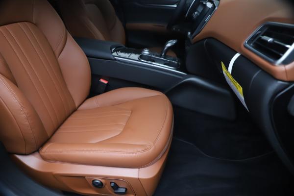 New 2020 Maserati Ghibli S Q4 for sale $85,535 at Maserati of Westport in Westport CT 06880 24