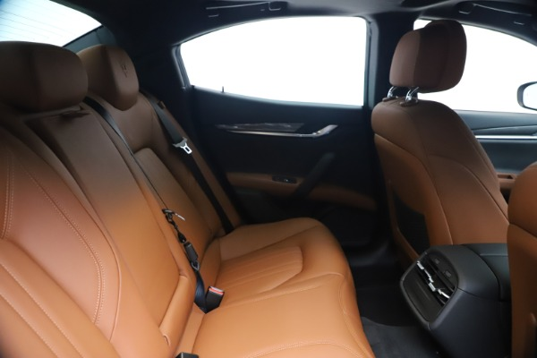 New 2020 Maserati Ghibli S Q4 for sale $85,535 at Maserati of Westport in Westport CT 06880 27