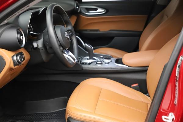 Used 2020 Alfa Romeo Giulia Q4 for sale Sold at Maserati of Westport in Westport CT 06880 14