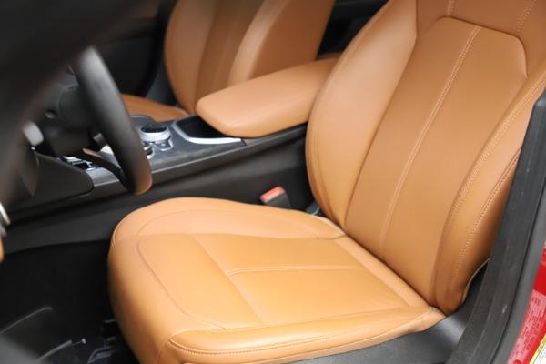 Used 2020 Alfa Romeo Giulia Q4 for sale Sold at Maserati of Westport in Westport CT 06880 15