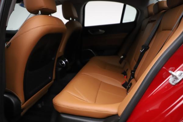 Used 2020 Alfa Romeo Giulia Q4 for sale Sold at Maserati of Westport in Westport CT 06880 16