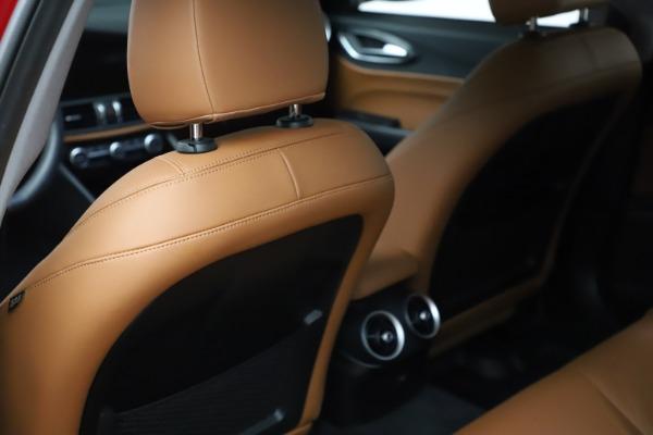 Used 2020 Alfa Romeo Giulia Q4 for sale Sold at Maserati of Westport in Westport CT 06880 18