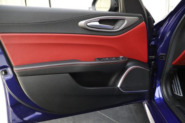 New 2020 Alfa Romeo Giulia Ti Sport Q4 for sale Sold at Maserati of Westport in Westport CT 06880 16